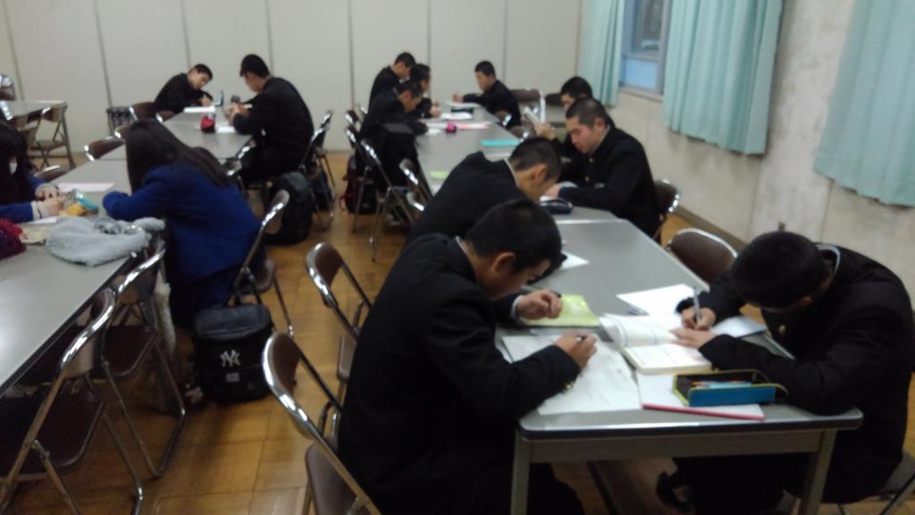 磯辺高等学校画像